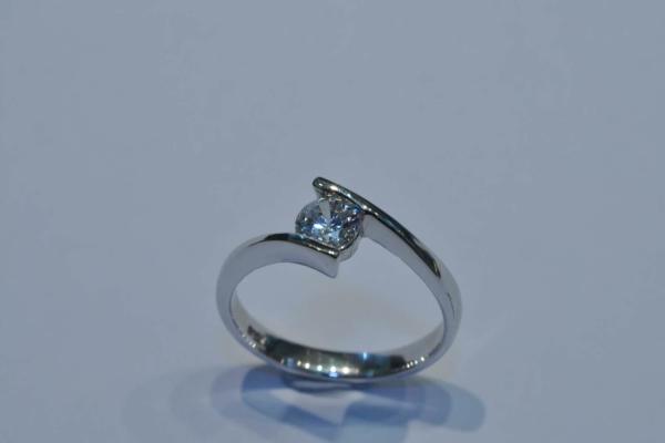 瑞士八心八箭水晶戒指 (2)