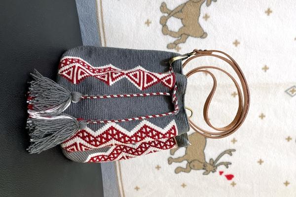 Medium size 單股Wayuu Bag 配植楺皮肩