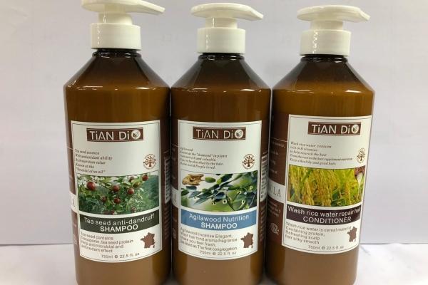 TIAN DI洗頭⽔及護髮素